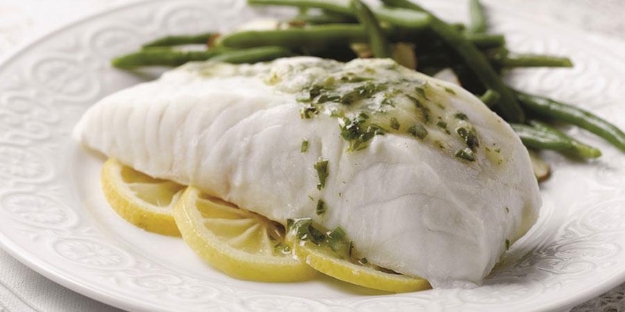 თევზის ფილე ღვინით. გემრიელი სადილი თევზით